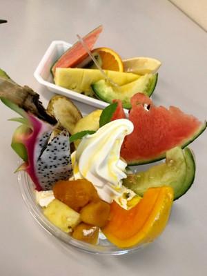 Tropicalfruitparfait